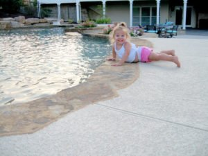 concrete pool deck with knockdown texture